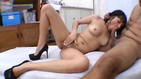Empregada gostosa fazendo sexo safado com seu patrão tarado