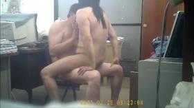 Funcionaria fazendo sexo com chefe no escritorio