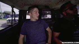 Ganhando um boquete na Van