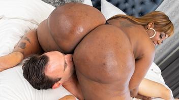 Porno negra bunduda fodendo com branquelo